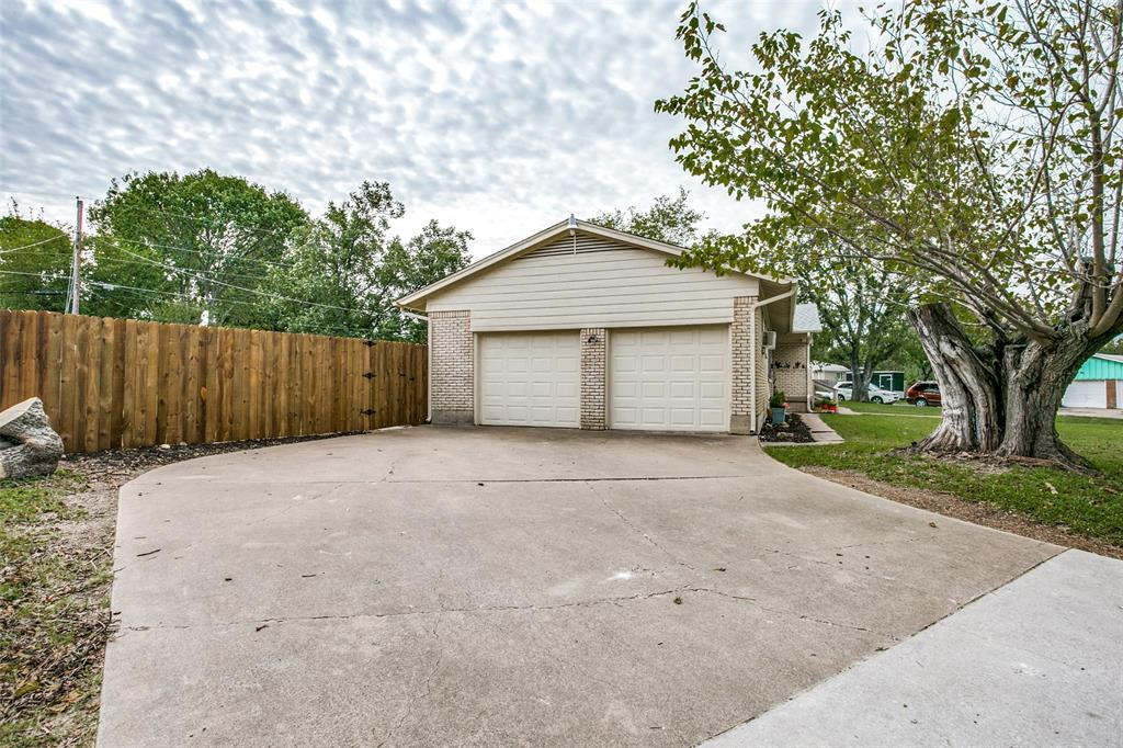 Pending | 5800 Tourist  Drive North Richland Hills, TX 76117 23