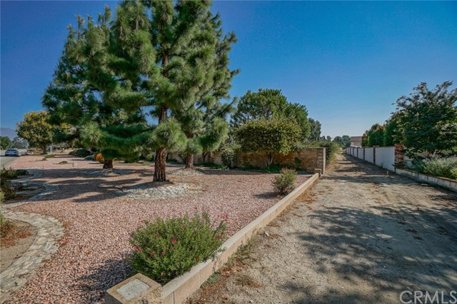Closed | 5525 Evergreen Court Chino, CA 91710 24