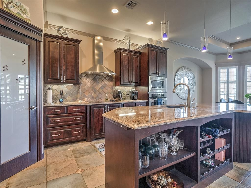 Active | 4212 N Lions Court Broken Arrow, OK 74012 7