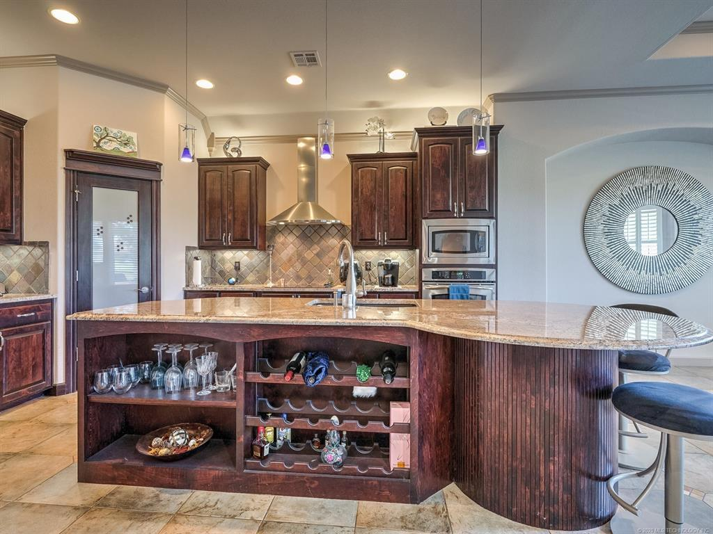 Active | 4212 N Lions Court Broken Arrow, OK 74012 8