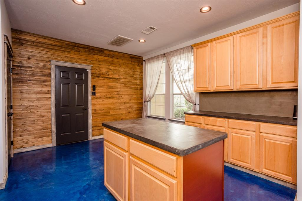 Active | 34 Wintergreen  Trail The Woodlands, TX 77382 15