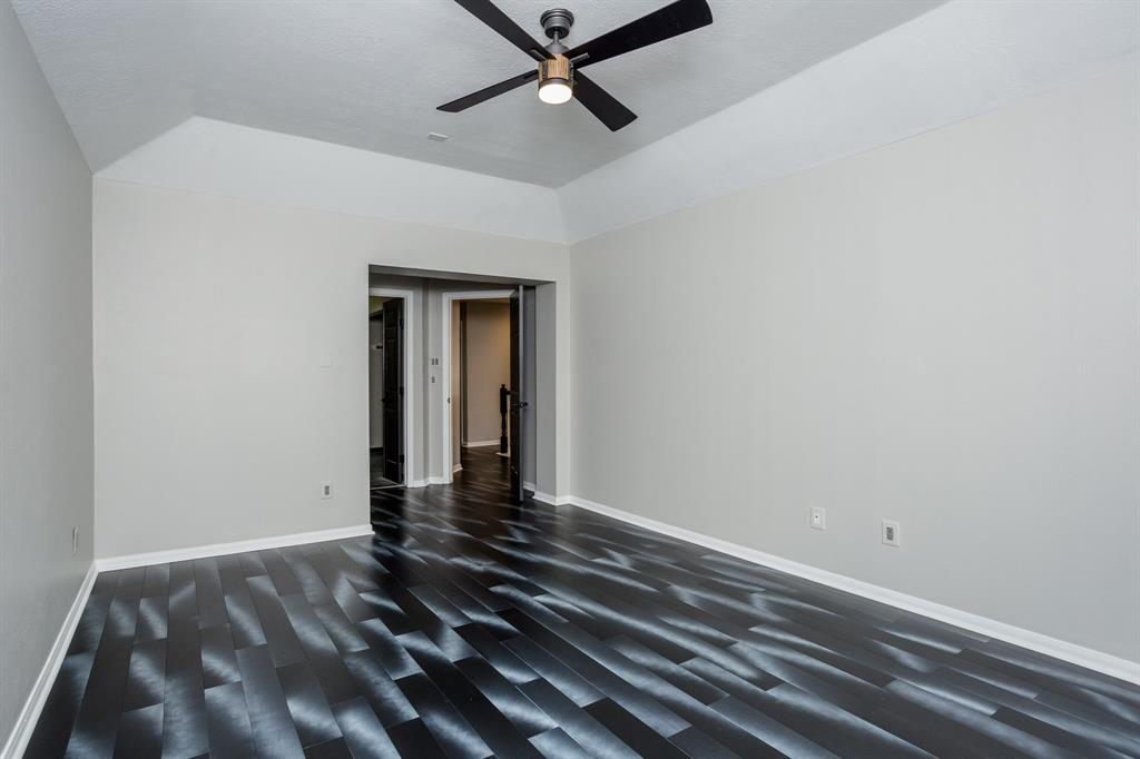 Active | 34 Wintergreen  Trail The Woodlands, TX 77382 37