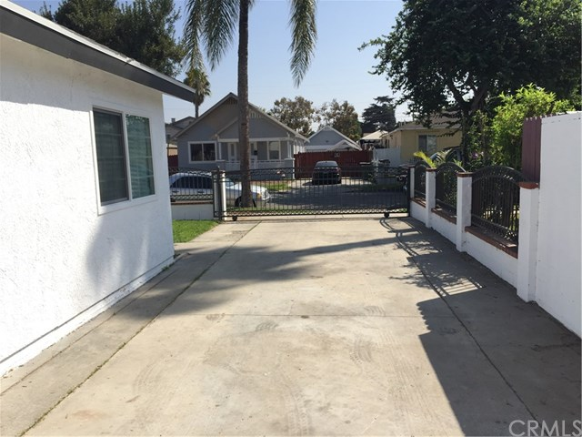 Closed | 1705 N Mcdivitt  Avenue Compton, CA 90221 40