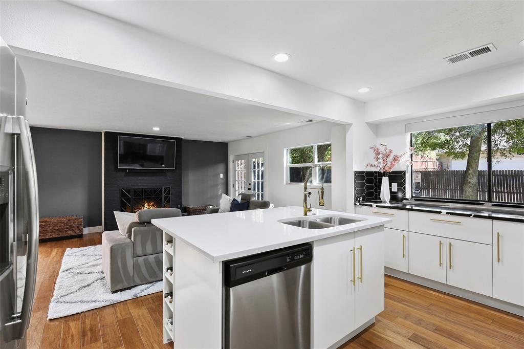 Sold Property | 7342 Highland Glen Trail Dallas, Texas 75248 14
