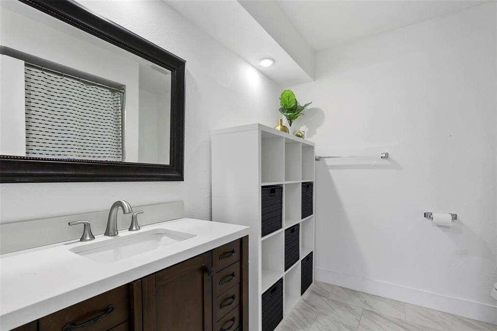 Sold Property | 7342 Highland Glen Trail Dallas, Texas 75248 29