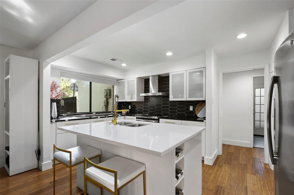 Sold Property | 7342 Highland Glen Trail Dallas, Texas 75248 10