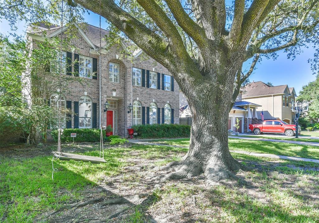 Off Market | 4601 Mimosa Drive Bellaire, Texas 77401 1