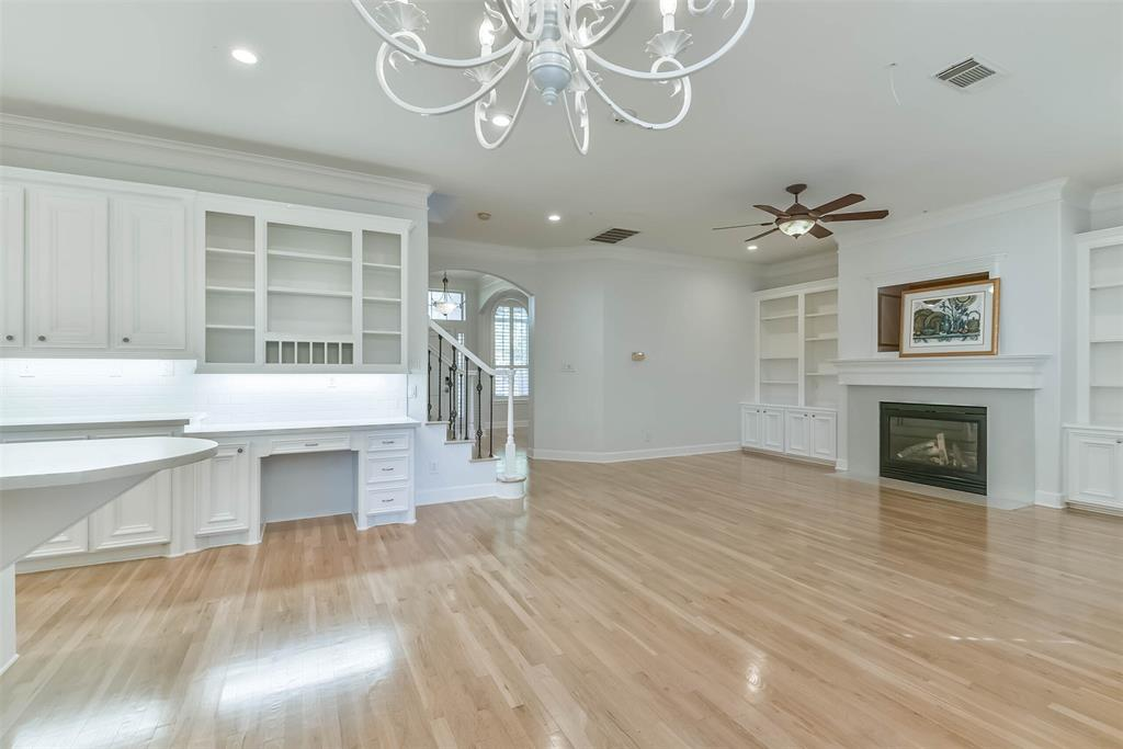 Off Market | 4601 Mimosa Drive Bellaire, Texas 77401 11