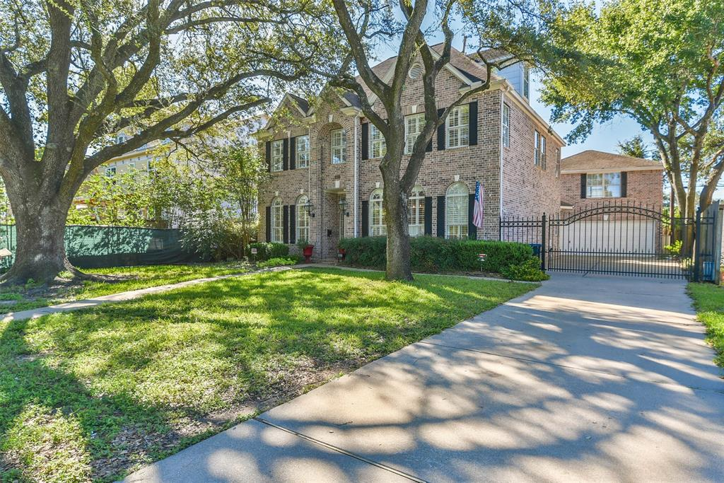 Off Market | 4601 Mimosa Drive Bellaire, Texas 77401 2