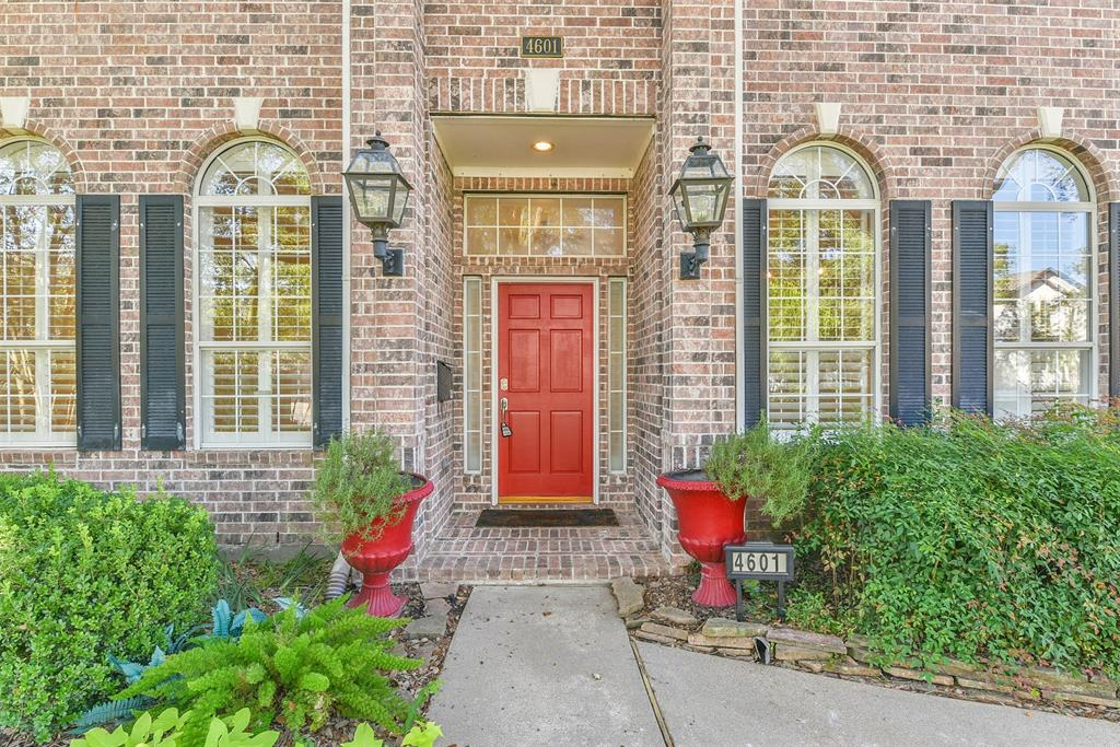 Off Market | 4601 Mimosa Drive Bellaire, Texas 77401 3
