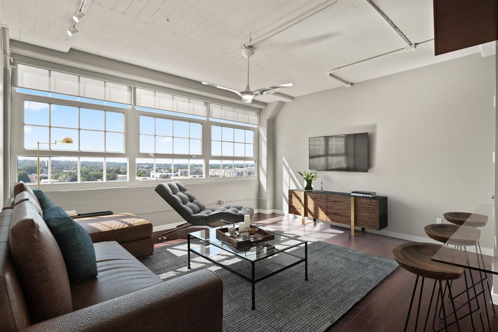 Active | 2600 W 7th  Street #2616 Fort Worth, TX 76107 2