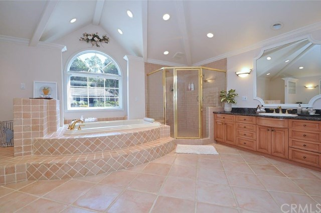 Active | 13 Bridlewood  Circle Rolling Hills Estates, CA 90274 37