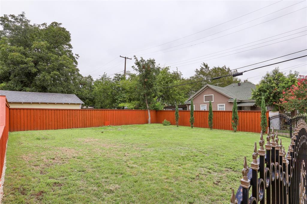 Active Option Contract | 615 Neches  Street Dallas, TX 75208 6