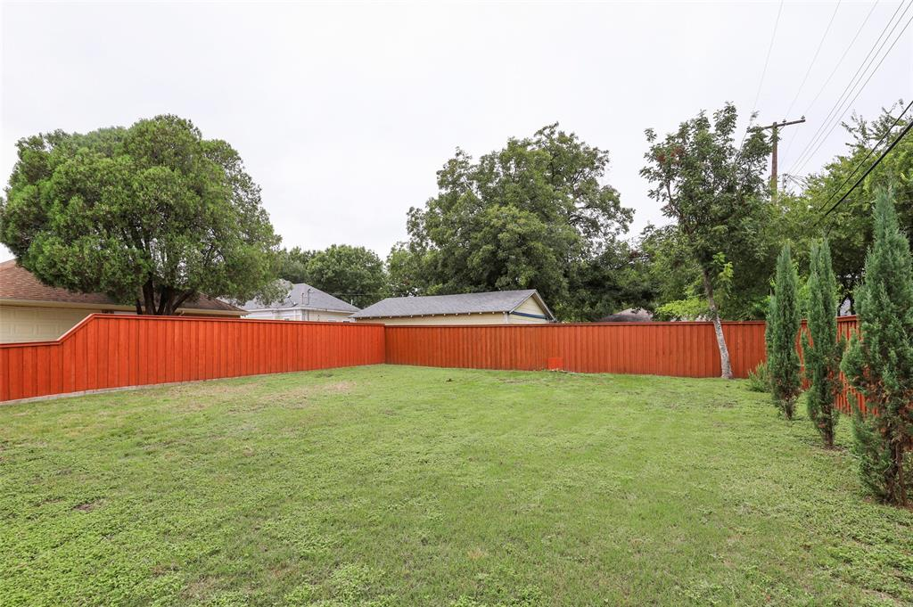 Active Option Contract | 615 Neches  Street Dallas, TX 75208 7