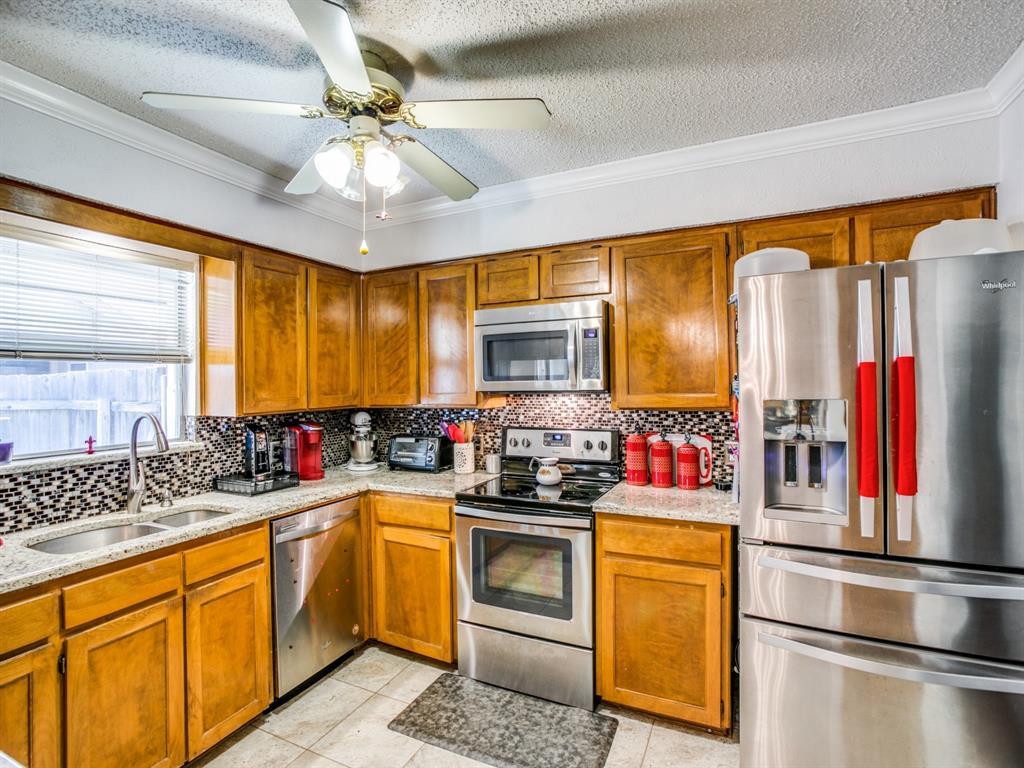 Sold Property | 803 Shady Glen Lane Bedford, Texas 76021 14