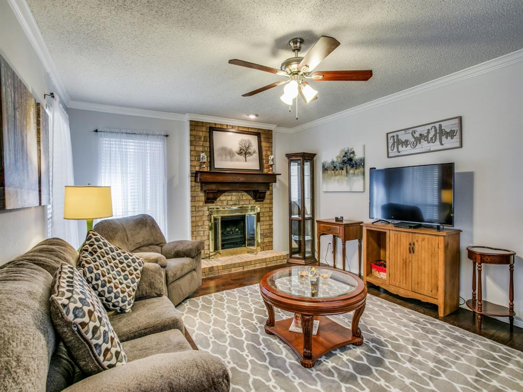 Sold Property | 803 Shady Glen Lane Bedford, Texas 76021 5