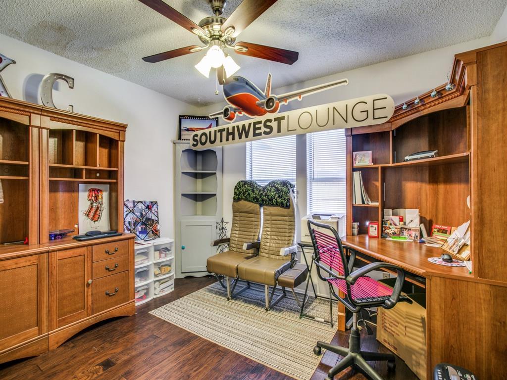 Sold Property | 803 Shady Glen Lane Bedford, Texas 76021 9