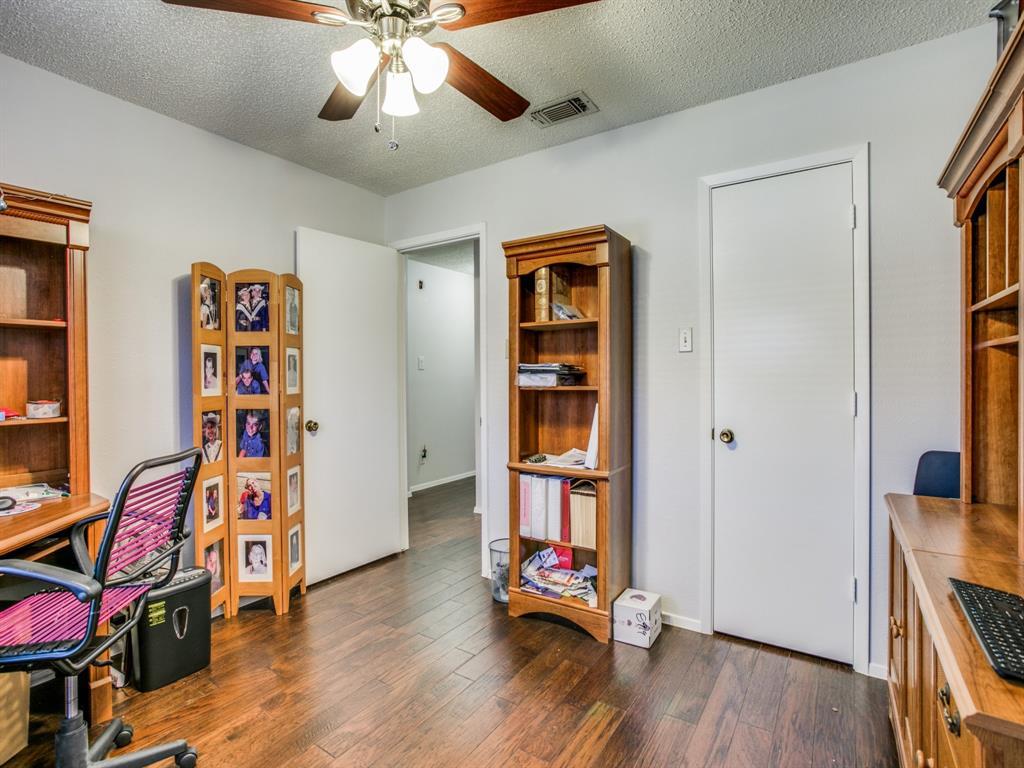 Sold Property | 803 Shady Glen Lane Bedford, Texas 76021 10