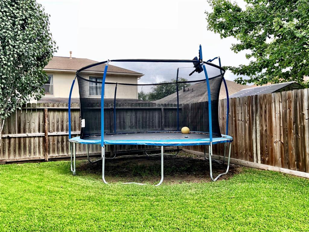 Active | 2707 Fox View  Circle Spring, TX 77386 10