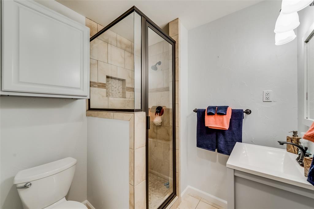 Sold Property   10947 Wonderland  Trail Dallas, TX 75229 18