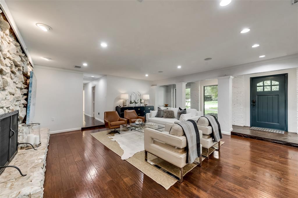 Sold Property   10947 Wonderland  Trail Dallas, TX 75229 2