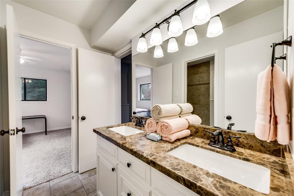 Sold Property   10947 Wonderland  Trail Dallas, TX 75229 21