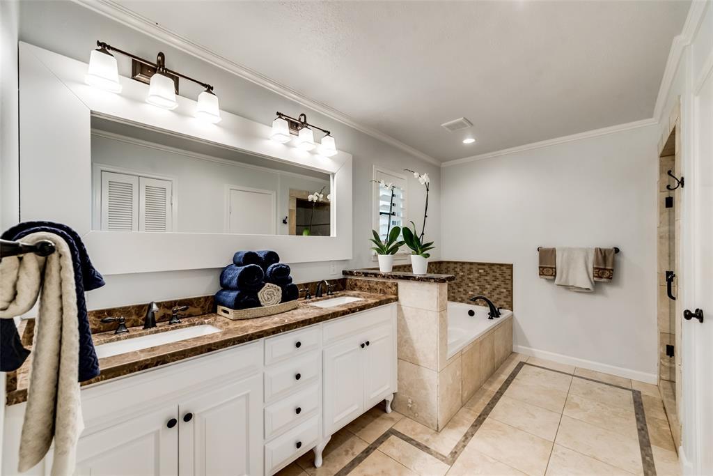 Sold Property   10947 Wonderland  Trail Dallas, TX 75229 26