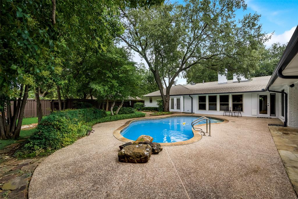 Sold Property   10947 Wonderland  Trail Dallas, TX 75229 32