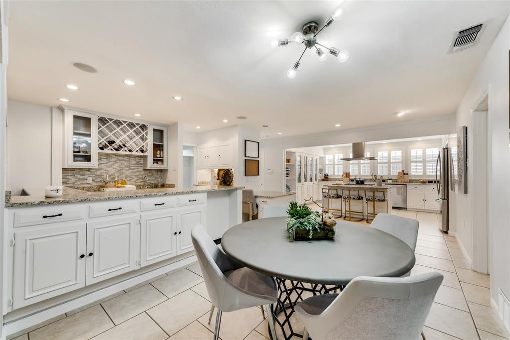 Sold Property   10947 Wonderland  Trail Dallas, TX 75229 8