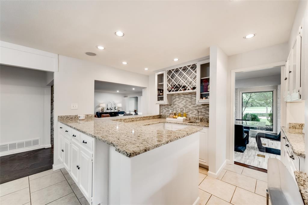 Sold Property   10947 Wonderland  Trail Dallas, TX 75229 9