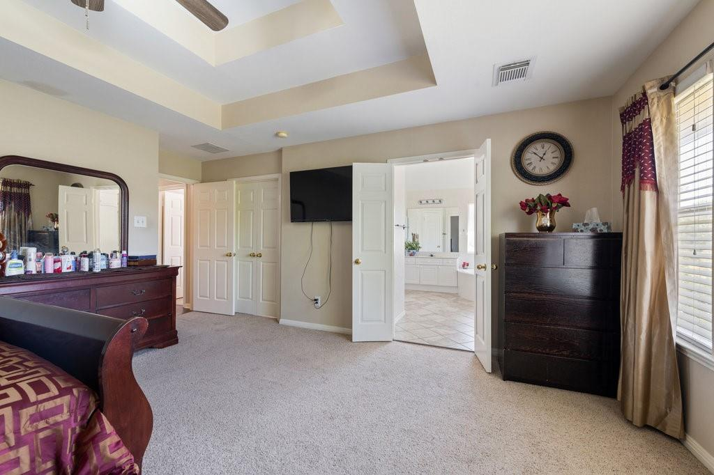 Active Under Contract   1911 Creole  Drive Austin, TX 78727 19