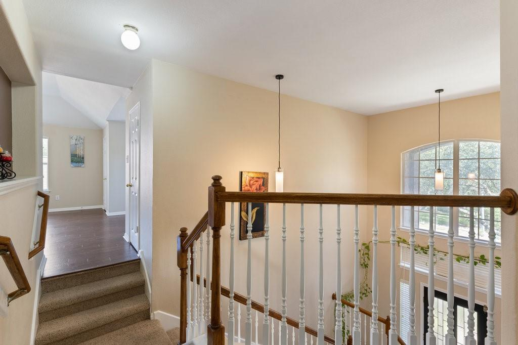 Active Under Contract   1911 Creole  Drive Austin, TX 78727 23