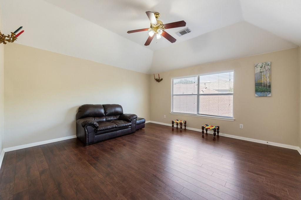 Active Under Contract   1911 Creole  Drive Austin, TX 78727 24