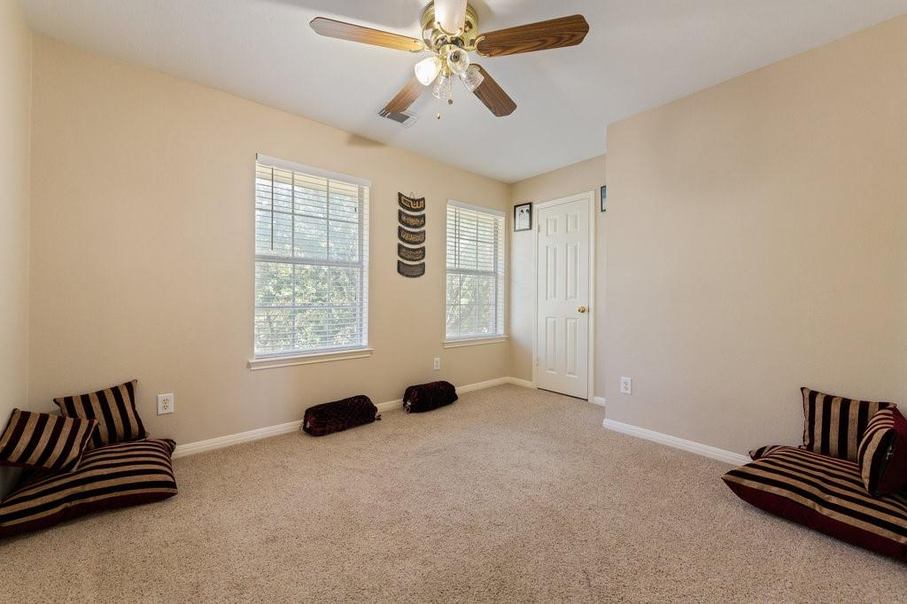 Active Under Contract   1911 Creole  Drive Austin, TX 78727 27