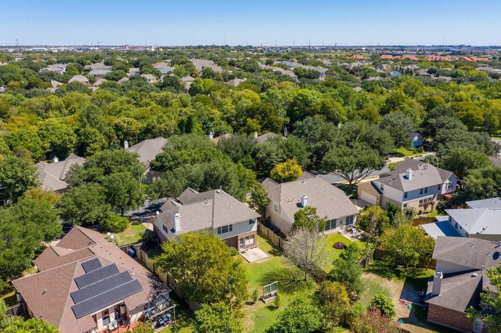 Active Under Contract   1911 Creole  Drive Austin, TX 78727 38