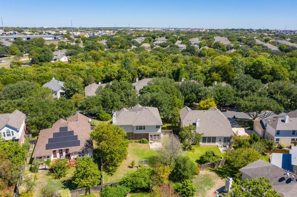 Active Under Contract   1911 Creole  Drive Austin, TX 78727 39