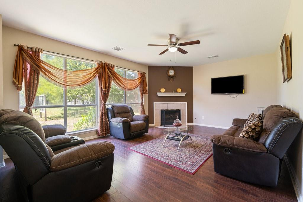 Active Under Contract   1911 Creole  Drive Austin, TX 78727 7