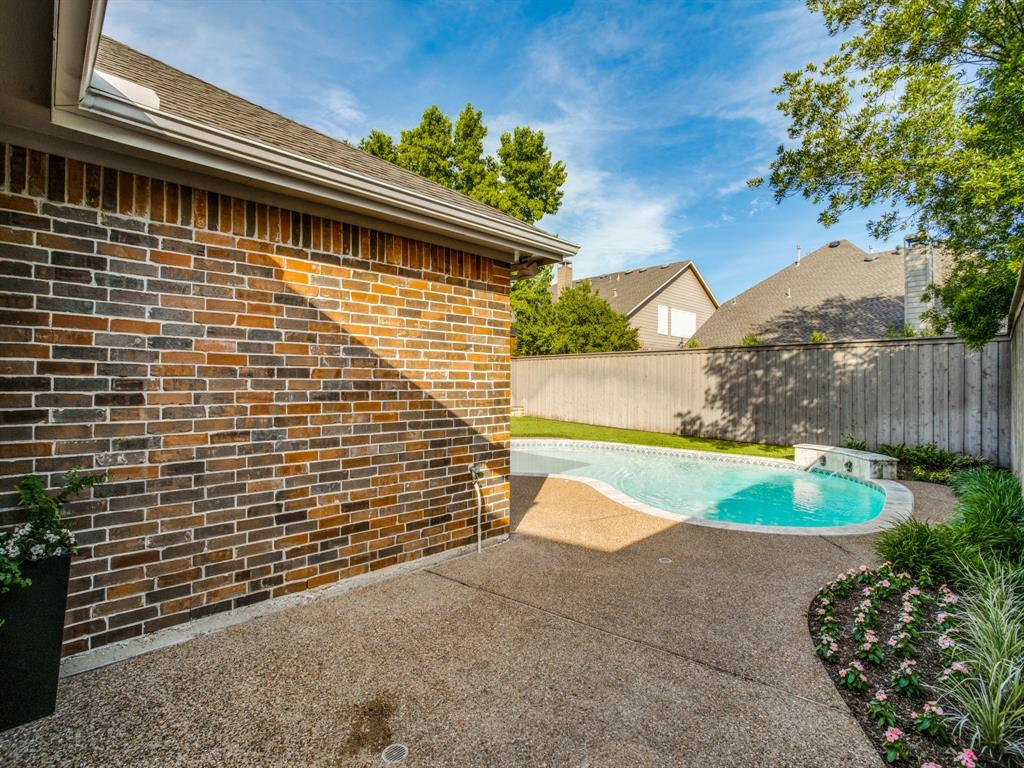 Sold Property | 7936 Glade Hill Court Dallas, Texas 75218 18