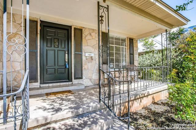 Active Option | 147 E EDGEWOOD PL Alamo Heights, TX 78209 3