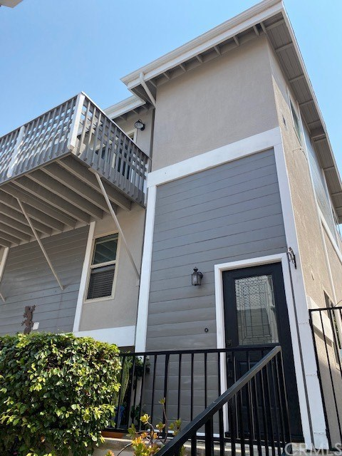 Closed | 104 S Francisca Avenue #C Redondo Beach, CA 90277 0