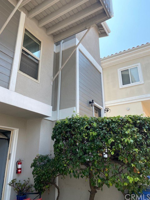Closed | 104 S Francisca Avenue #C Redondo Beach, CA 90277 1