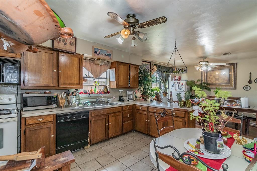 Active   8528 6th Street Frisco, Texas 75034 12
