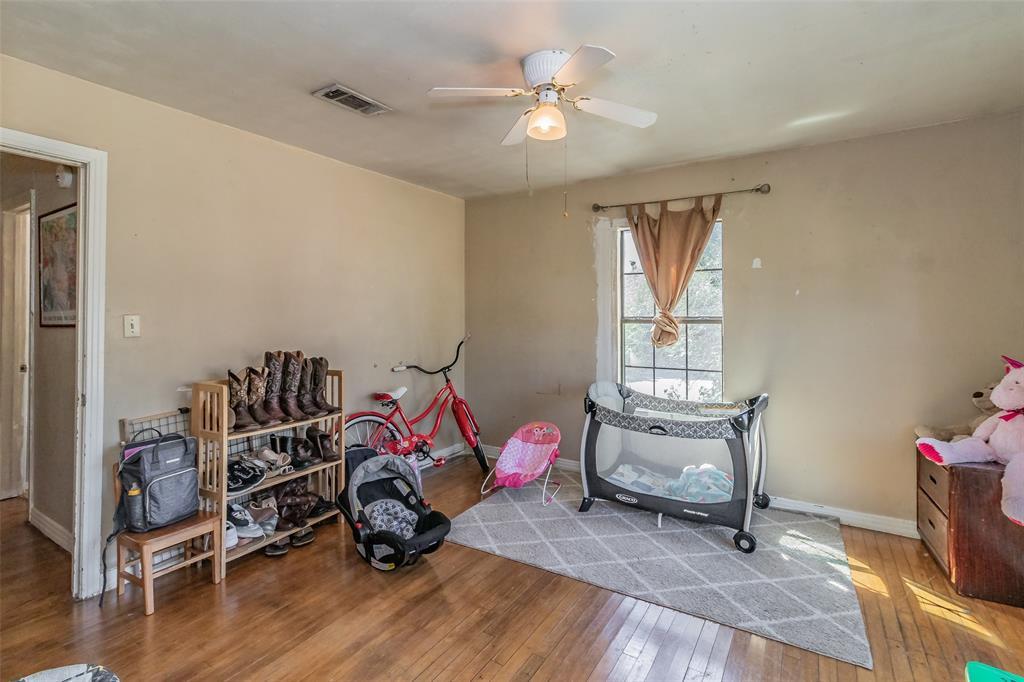 Active   8528 6th Street Frisco, Texas 75034 26