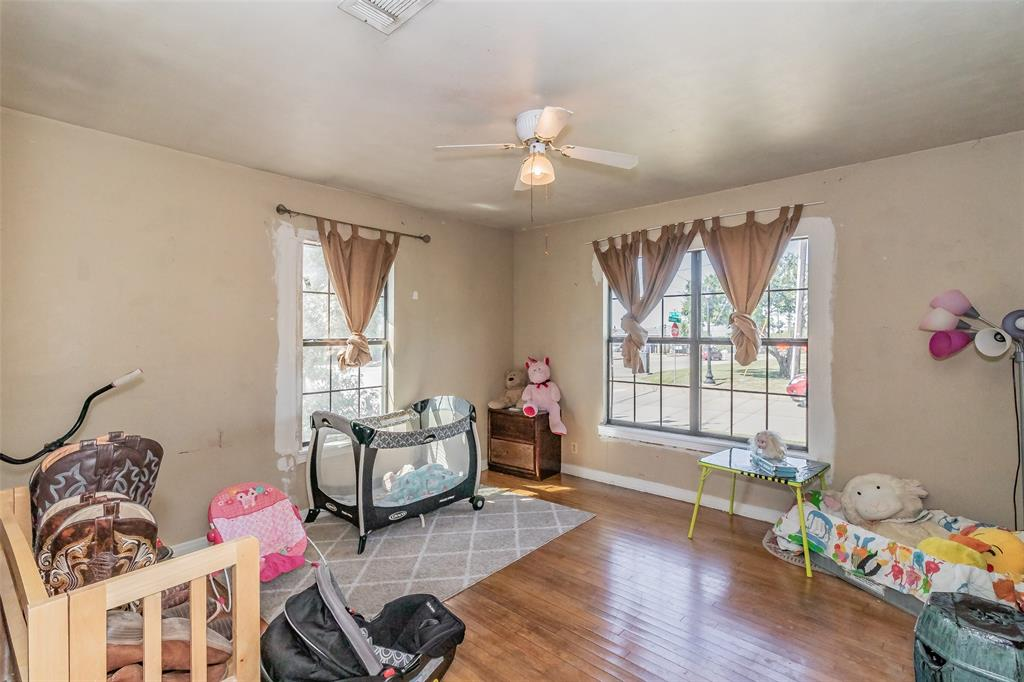 Active   8528 6th Street Frisco, Texas 75034 27