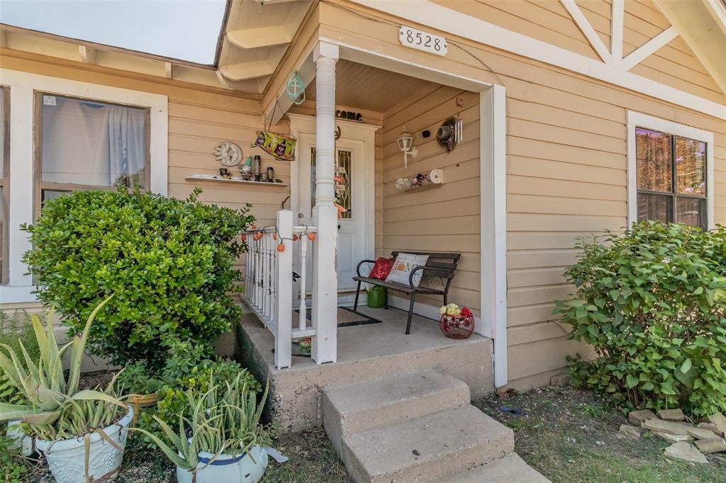 Active   8528 6th Street Frisco, Texas 75034 3