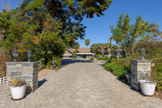 Closed | 27 Buggy Whip Drive Rolling Hills, CA 90274 7