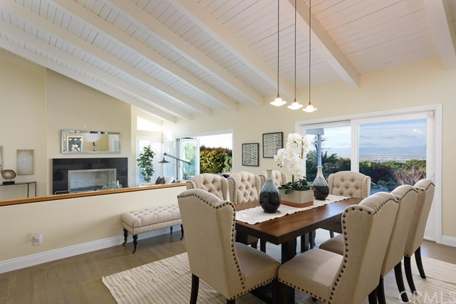 Closed | 27 Buggy Whip Drive Rolling Hills, CA 90274 14