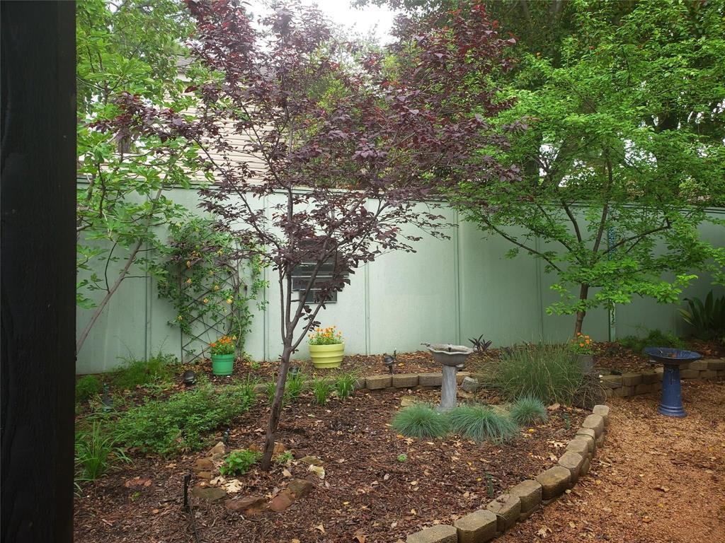 Sold Property | 1607 Hawthorne Drive Arlington, Texas 76012 3