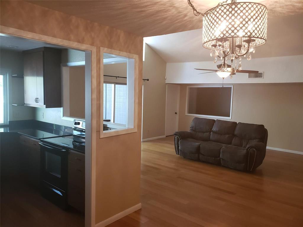 Sold Property | 1607 Hawthorne Drive Arlington, Texas 76012 5