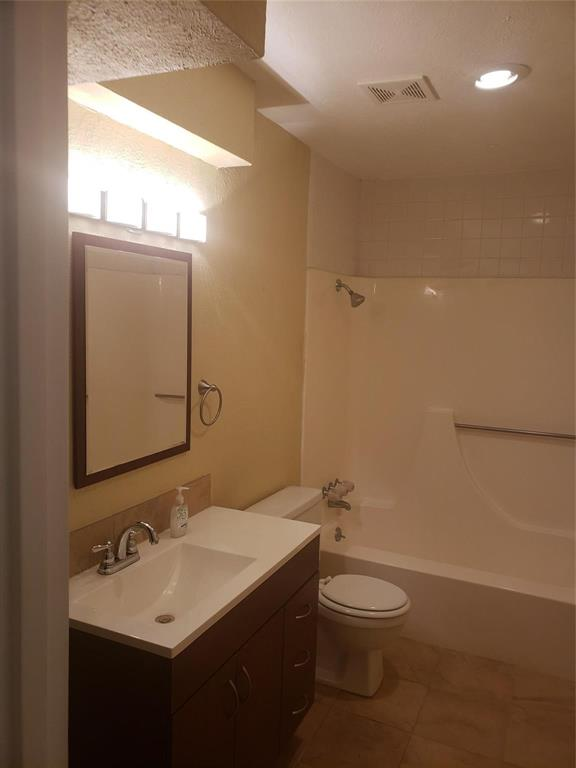 Sold Property | 1607 Hawthorne Drive Arlington, Texas 76012 7